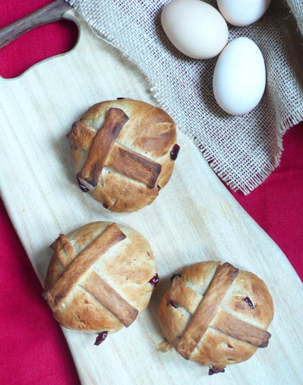 Wielkanocne słodkie bułeczki
