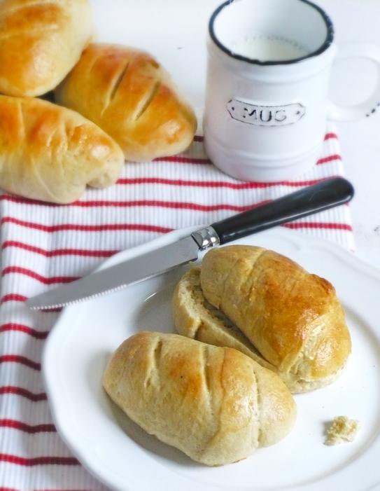 Mleczne bułeczki śniadaniowe
