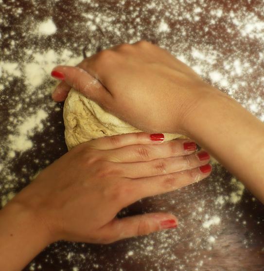 wyrabianie ciasta chlebowego
