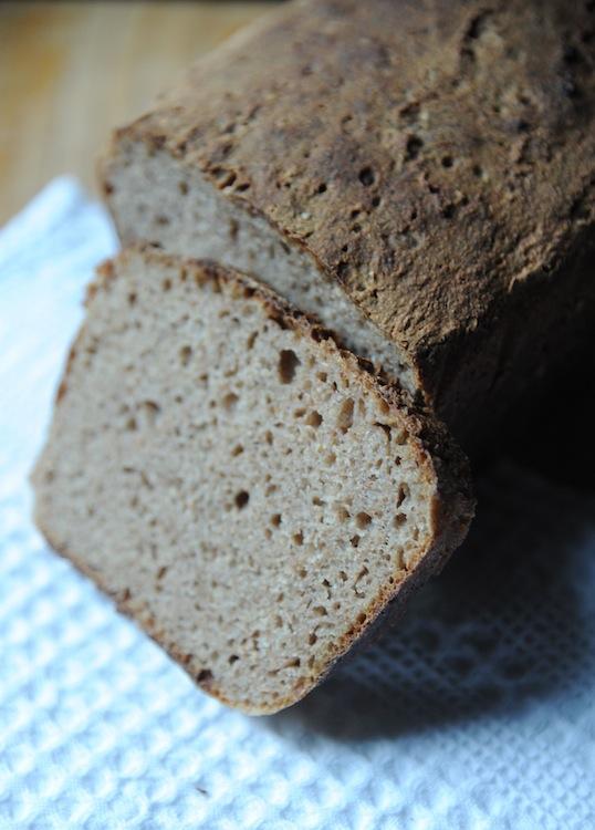 Chleb żytnio-gryczany na zakwasie