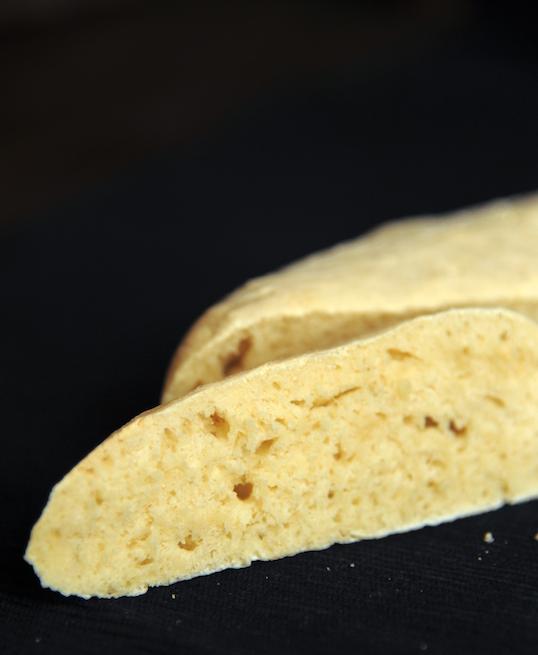 Imbirowa bagietka na zaczynie drożdżowym