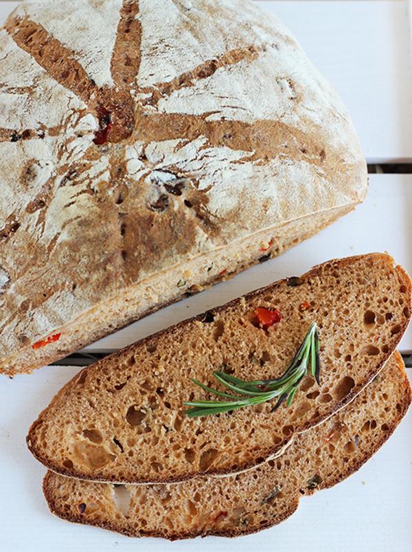 Chleb ratatuj na zakwasie