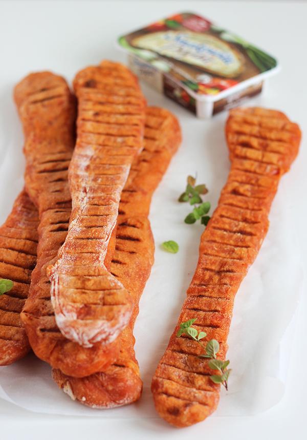Pomidorowe paluchy chlebowe z grilla