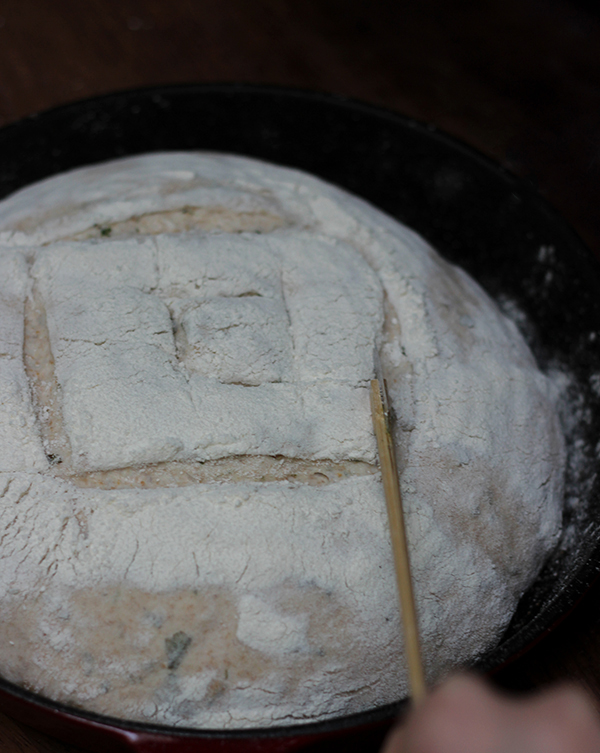 jak zacząć piec chleb na zakwasie