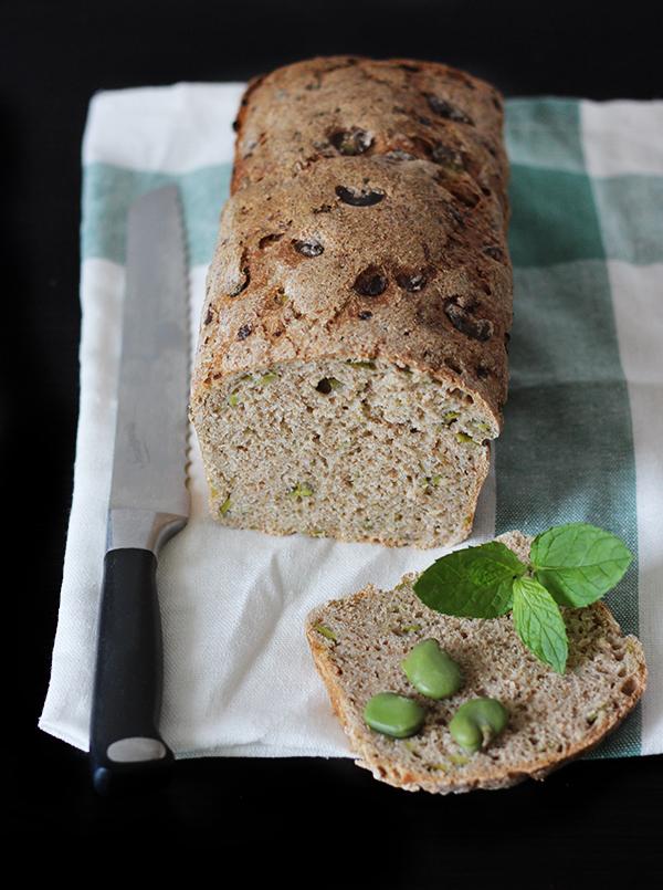 chleb z bobem na zakwasie
