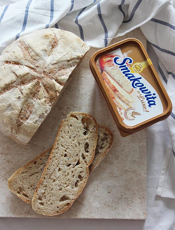 Okrągły chleb na zakwasie