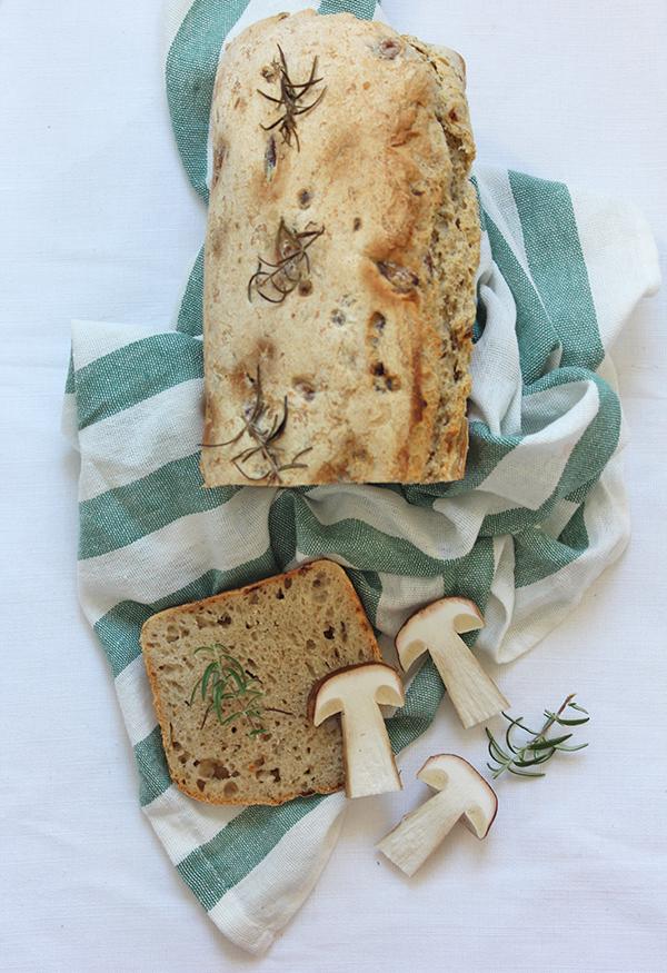 Chleb grzybowy na zakwasie