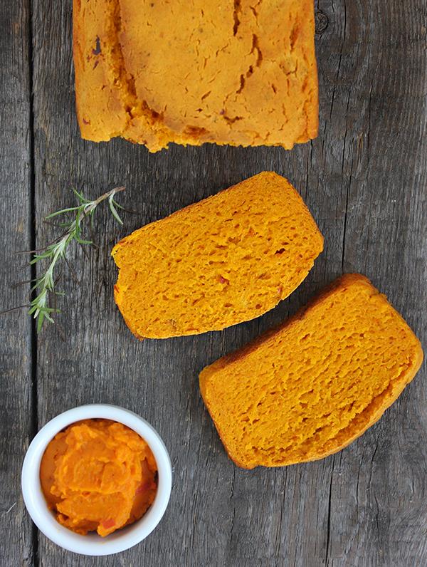 bezglutenowy chleb dyniowy