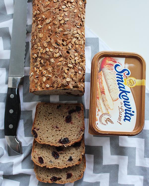 chleb żytni z żurawiną na zakwasie