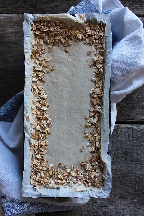 Nocny chleb żytni z jogurtem (na zakwasie)