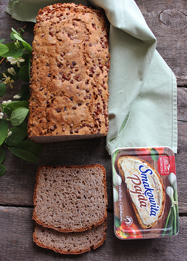 Chleb pszenno-gryczany na zakwasie z kaszą