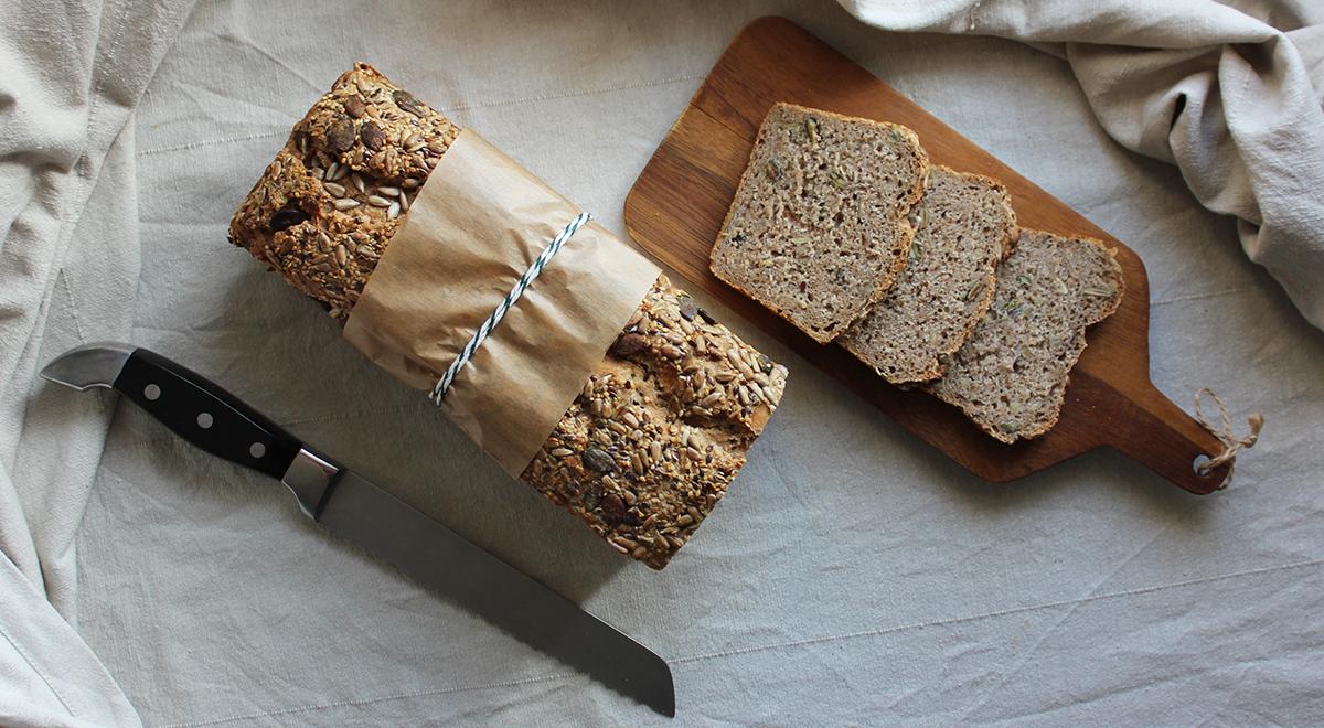 Wieloziarnisty chleb żytni na zakwasie