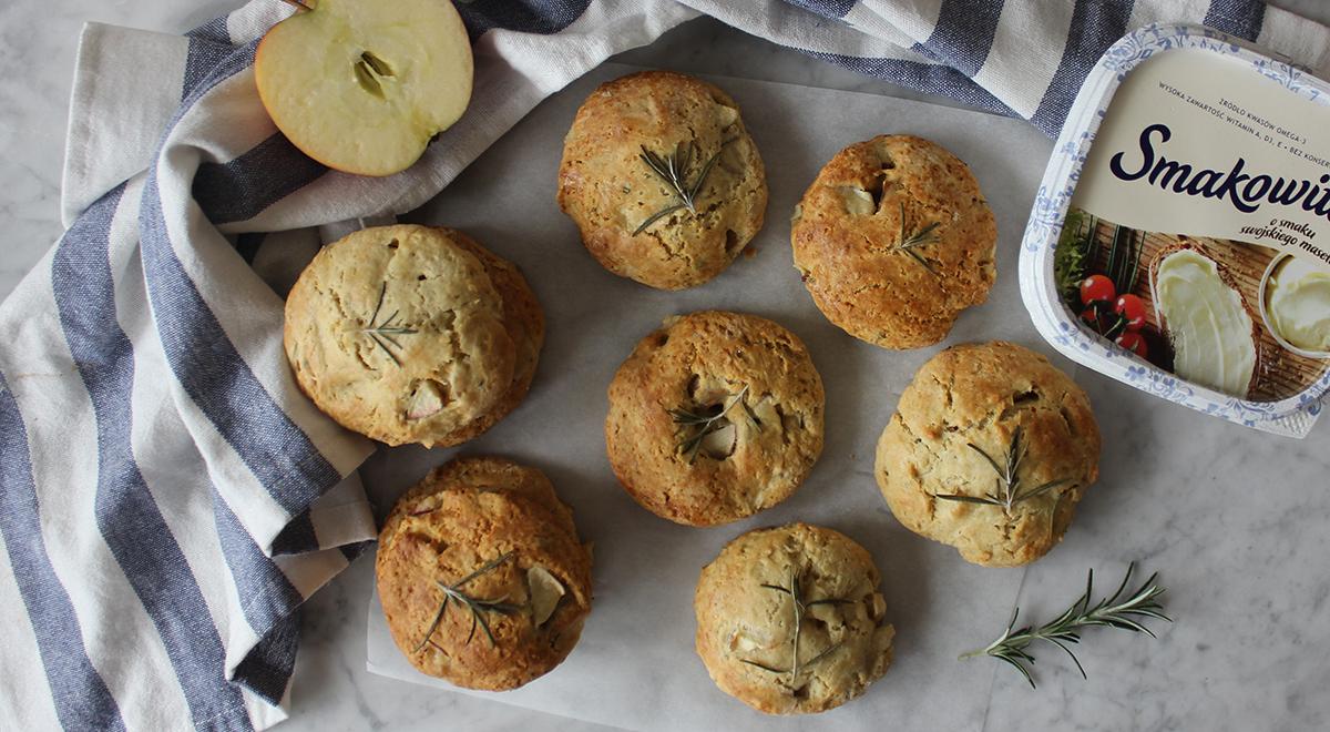 Scones z jabłkami i rozmarynem