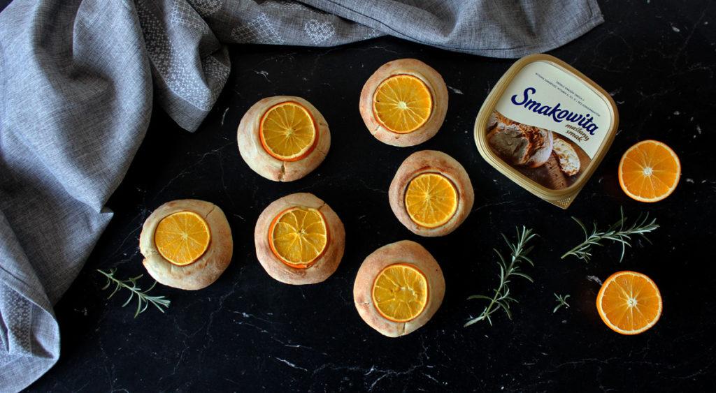 bułeczki pomarańczowe z rozmarynem