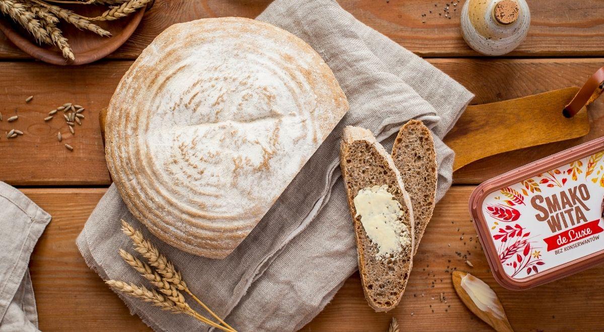 Chleb pszenno-orkiszowy na zakwasie z nasionami chia